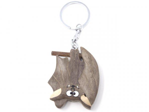 Schlüsselanhänger aus Holz - Fledermaus überkopf